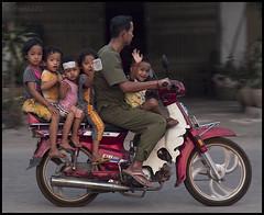 1 + 5 = 6 (eneko123) Tags: street 6 kids children cambodge cambodia kambodscha southeastasia cambodian khmer ride five kingdom niños motorbike moto motorcycle 5d motor seis sis six sei sechs motocicleta cambodja motorcicle kemboja kamboja eneko123 柬埔寨 camboya カンボジア kampuchea kambodza cambogia campuchia kambuja 캄보디아 preahreachanachâk ประเทศกัมพูชา камбоджа cambyses καμπότζη कंबोडिया कम्बोजदेश kambujadesa preăhréachéanachâkkâmpŭchea srokkhmae khmerland kambodya