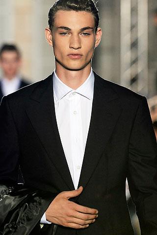 Johannes Linder3049_SS10_Paris_Raf Simons(Men Style)