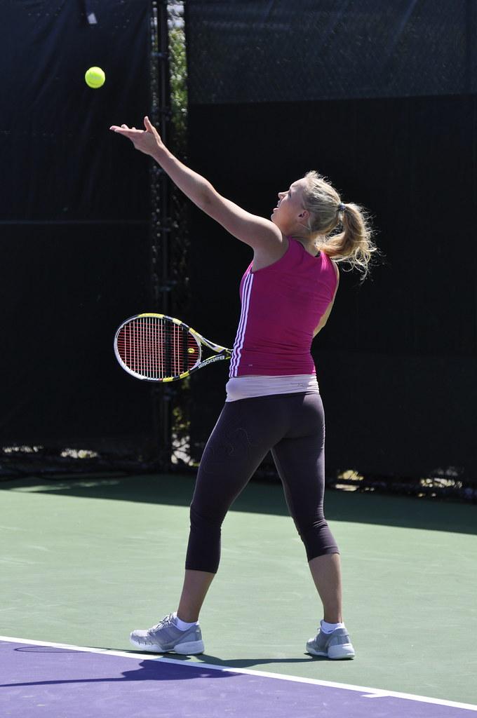 Caroline Wozniacki - Page 38 4465032354_39b197e7a6_b