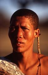 Young San Man in Kalahari (Peter Schnurman) Tags: africa namibia sanmankalahari