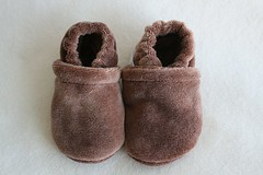 *Newborn* Chocolate Organic Bamboo Velour Booties