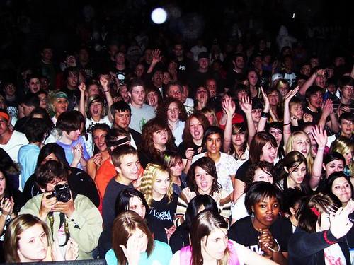 lexi sayok crowd