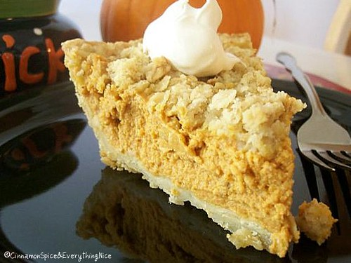 Pumpkin Mousse Streusel Pie