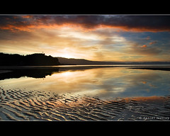 ligar bay #14 (Daniel Murray (southnz)) Tags: sunset sea newzealand sky cloud reflection water landscape golden bay coast sand memorial scenery ripple nz southisland abel tasman headland ligar southnz