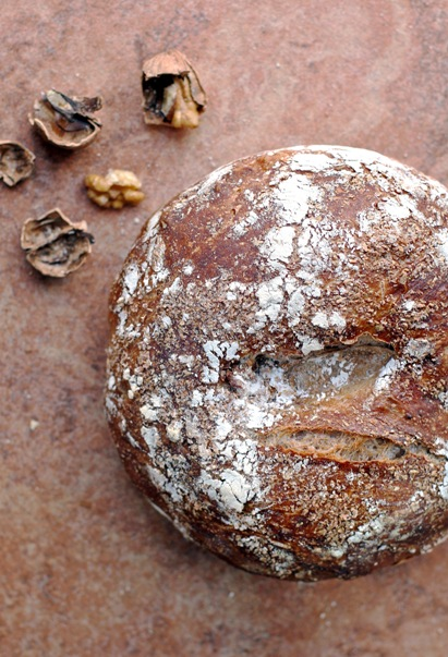 No-Knead Walnut Bread