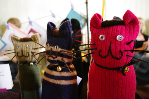 Woollen kitties