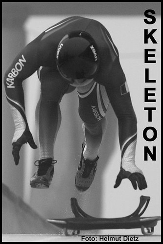 Skeleton France - black & white