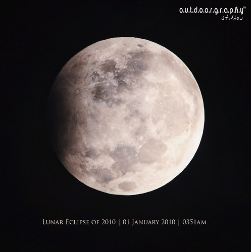 Lunar Eclipse of 2010 by Sir Mart Outdoorgraphy™.