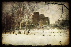 Walton Castle in the snow (katmary) Tags: winter snow castle somerset textures avon walton clevedon northsomerset waltoncastle