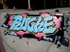 Ruche One (Orange) (El Funky Taladro) Tags: county orange one graffiti ruche