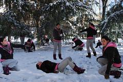 guerrita de nieve 205/365 (Irantzu Majabais) Tags: snow self nieve clones neige clon guerrita