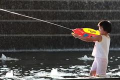 (FreshCC) Tags: kid singapore marinabarrage