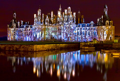 Chambord by Night (Pepeketua) Tags: light france reflection water night photoshop canon 28mm lac sigma valley chambord acr chateau loire reflexion nuit caster vallee 18200mm 400d