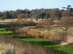 Behind the sea wall (WayShare) Tags: suffolk holbrook stutton