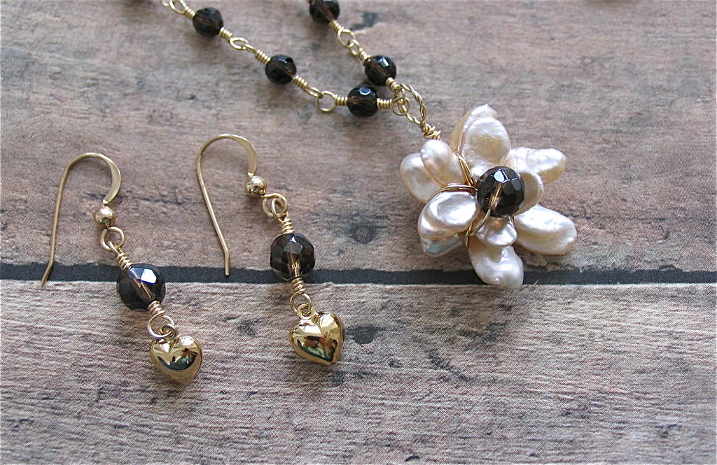 Pearl flower pendant on 14K gold filled Chain necklace