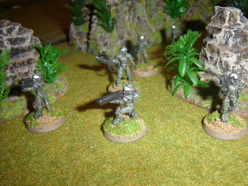 EuroFed Marines - 3rd Squad cover flank