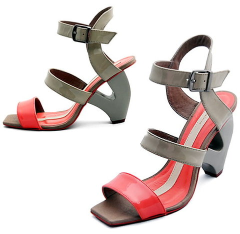 Heavy Machine Bisexual Lips Sandal