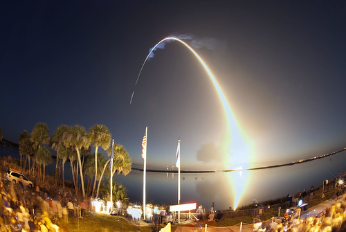 sts131-s-020