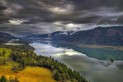 Columbia River Gorge from Cape Horn - Washington - HDR (David Gn Photography) Tags: trees sky storm mountains clouds landscape washington hdr columbiarivergorge capehorn scenicview highway14 flickraward canoneos7d sigma1020mmf35exdchsm platinumpeaceaward mygearandmepremium mygearandmebronze lewisandcalrkhighway