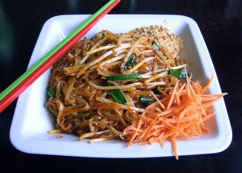 Pad Thai (Jhanjay Vegetarian Thai Cuisin by bochalla, on Flickr