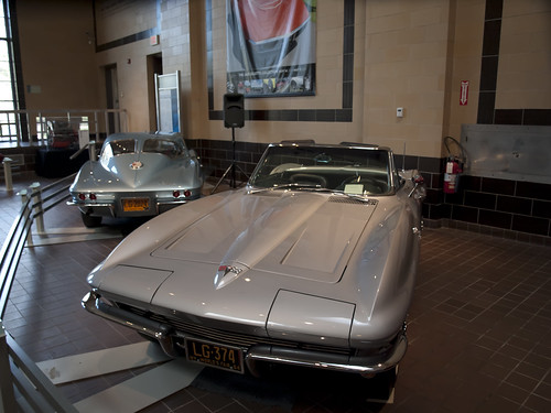 Chevrolet Corvette 1963 Stingray y 1964 Stingray Convertible
