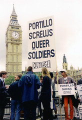 portillo-screws-queer-soldiers