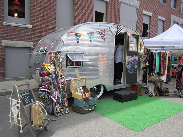 Pretty Things - Mobile Vintage Trailer Boutiques