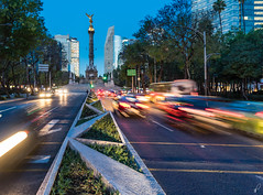 Angel of Independence (Empty Quarter) Tags: sony a7r 2470 f4 mexico city downtown angel cdmx independence independencia traffic longexposure morning twilight blue hour cityscape road zona rosa paseo reforma