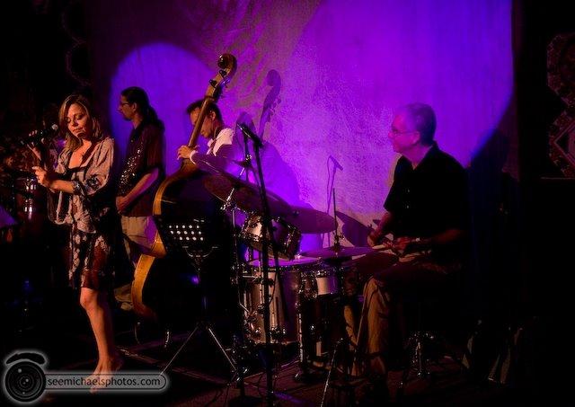 PAul Ingram Group at Tango Del Rey 101809 © Michael Klayman-002