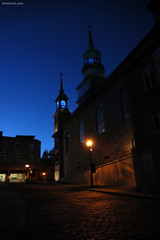 Blue Melody - Montreal (Ben Heine) Tags: road street old city longexposure canada church architecture night quebec nacht pavement montreal faith religion atmosphere foi stary monuments rue oldtown nuit glise kerk ville vieux lampadaire warmlight briqu