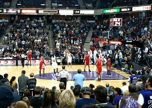 Kings versus Rockets