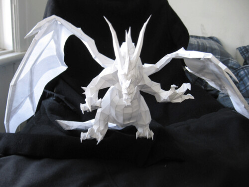 papercraft-dragon-world-of-warcraft