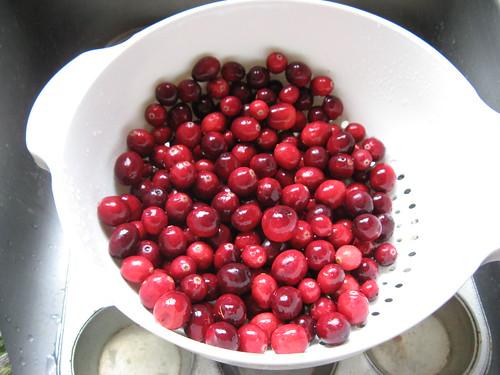 pot o' cranberries