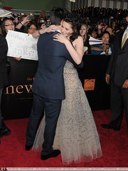 New Moon Premiere (Luuuucia:)) Tags: eclipse twilight newmoon twilightseries breakingdawn kristenstewart kstew twilightsaga taylorlautner thetwilightsaganewmoon newmoonpremiere