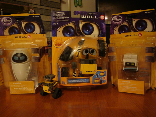 Little Wall-E & Gang