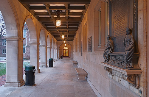 Washington University, in Saint Louis, Missouri, USA - Stephen Ridgley Hall walkway