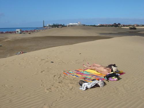 candid naked beach baby girls pics: beach, maspalomas, sexy, nudebeach, nude, oriental, dunes