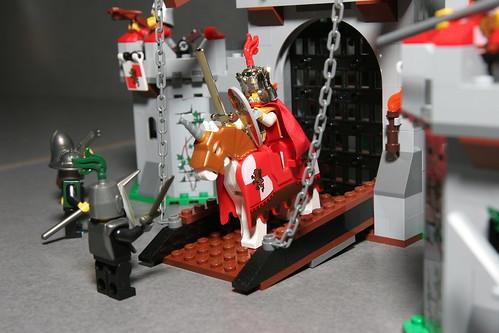 LEGO Toy Fair 2010 - Kingdoms - 7946 King's Castle - 2 by fbtb.