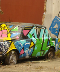 (vac people) Tags: graffiti bogota carro bomb vac