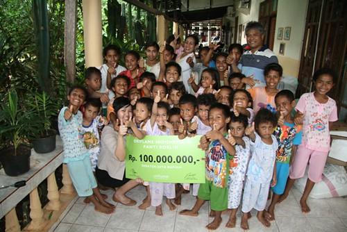 bantuan oriflame indonesia