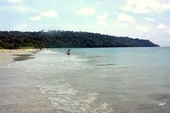Radhanagar beach, Havelock (keedap) Tags: india beach asia honeymoon deepak deep x virgin kanu havelock andaman sharma keerti besr radhanagar