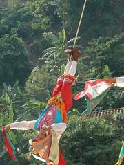 Indigenas_22 (Gionitz_PIC) Tags: cultura indigenas danzantes tradicion rostros volador trajestípicos voladoresdepapantla culturamexicana trajesregionales fiestasregionales totonacos rostrosdemexico rostrodemexico