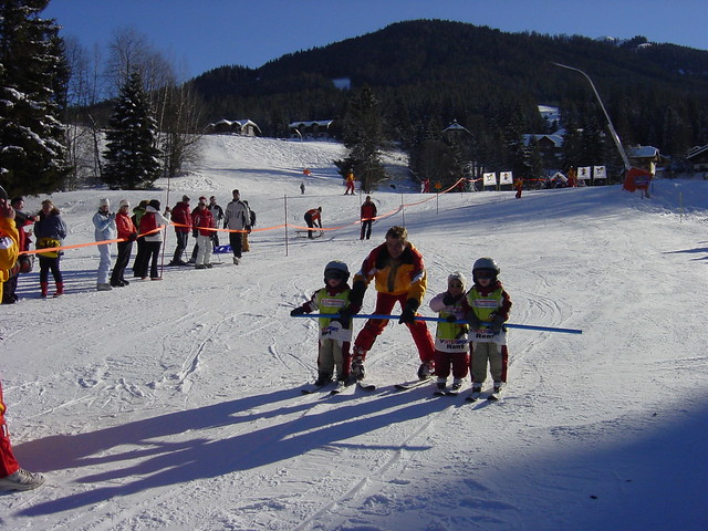Kinderskikurs - by Flickr/Sportschule