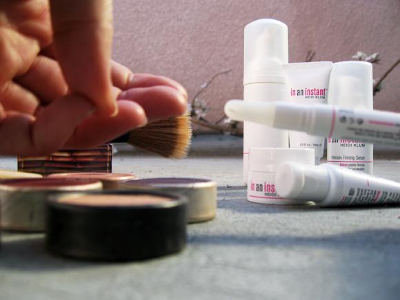heidi-klum-in-an-instant-wrinkle-eraser