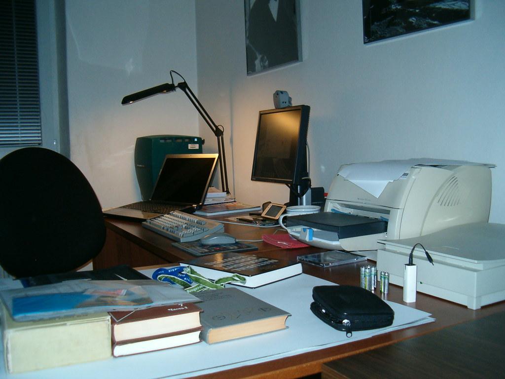 Desktop chaos (11/2009)