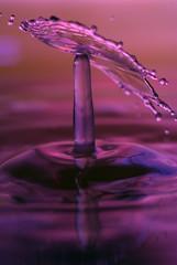 Columned Crown Collapsing (Tony Emmett) Tags: macro water closeup waterdrop sony drop splash alpha waterdrops a100 watersplash sigma105mmf28macro sigma105mm offcameraflash strobist sonyalphaa100 strobistwaterdrop watercollision