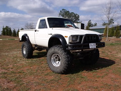071 (stevenbr549) Tags: white truck for mud 4x4 sale 4wd toyota lifted