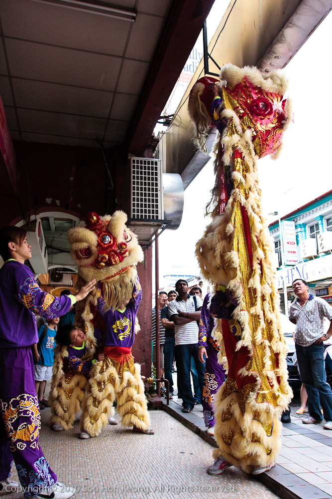 Lion Dance @ Near Petaling Street, KL, Malaysia