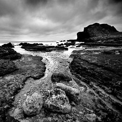 Passage (*K*aren) Tags: sea sky bw seascape water monochrome rocks south coastal sq shields sonya100 karran