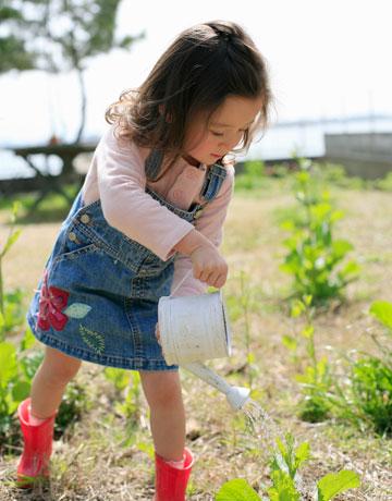 kids-gardening-toys-03